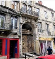Comment payer l'hotel à l'étranger quand on est en France ?