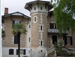 Quel est le style des maisons d'Arcachon ?
